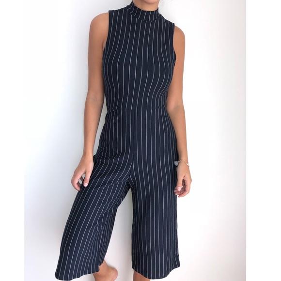 abe0e3a680ab Missguided navy blue white striped jumpsuit 8. M 5bda37abc2e9fe6cd07beab4